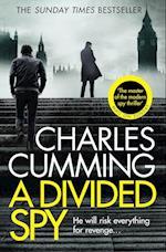 A Divided Spy (Thomas Kell Spy Thriller, nr. 03)