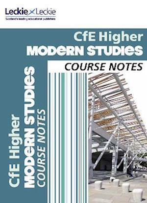 Bog, paperback CfE Higher Modern Studies Course Notes af Megan Connor
