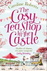 The Cosy Teashop in the Castle af Caroline Roberts