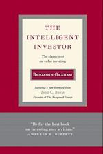 The Intelligent Investor: The Classic Text On Value Investing (Deckle Edge)
