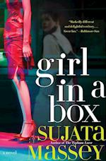 Girl in a Box (Rei Shimura Mysteries Paperback)