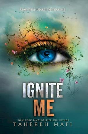 Bog, paperback Ignite Me af Tahereh Mafi