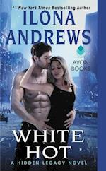 White Hot af Ilona Andrews