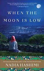 When the Moon Is Low af Nadia Hashimi