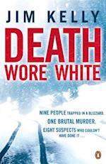 Death Wore White af Jim Kelly