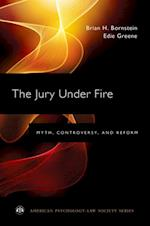 Jury Under Fire af Edie Greene, Brian H. Bornstein