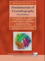 Fundamentals of Crystallography (International Union of Crystallography Texts on Crystallography, nr. 15)