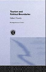 Tourism and Political Boundaries (Routledgeadvances in Tourism)