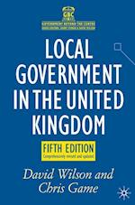 Local Government in the United Kingdom af David Wilson, Chris Game
