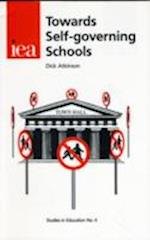 Towards Self-Governing Schools (Studies in Education, nr. 4)