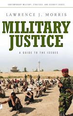 Military Justice af Lawrence Morris