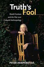 Truth's Fool af Peter Hempenstall