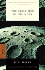 First Men in the Moon (Modern Library Classics)