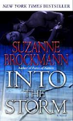 Into the Storm af Suzanne Brockmann