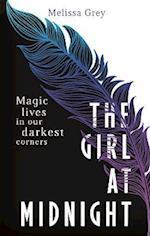The Girl at Midnight af Melissa Grey