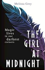 Girl at Midnight af Melissa Grey