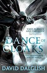A Dance of Cloaks (Shadowdance, nr. 1)