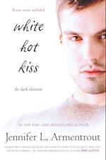 White Hot Kiss (Harlequin Teen)