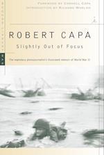 Slightly Out of Focus af Robert Capa
