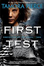 First Test (Protector of the Small Paperback, nr. 1)