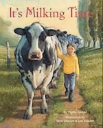 It's Milking Time af Lou Fancher, Steve Johnson