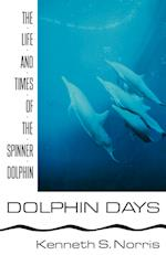 Dolphin Days af Kenneth S. Norris