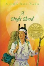 A Single Shard (Newbery Medal Book)