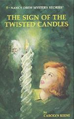 The Sign of the Twisted Candles af Carolyn Keene