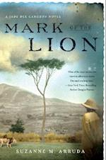 Mark of the Lion (Jade del Cameron Mysteries)