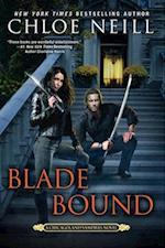 Blade Bound (Chicagoland Vampires)