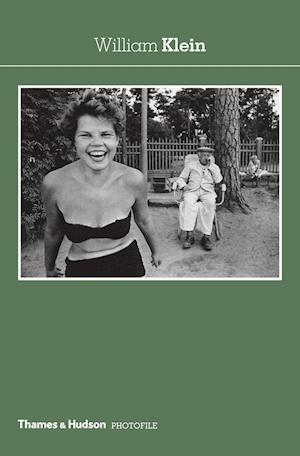 Bog, paperback William Klein af Christian Caujolle