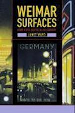 Weimar Surfaces af Janet Ward