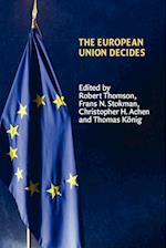 The European Union Decides af Thrainn Eggertsson, Robert Thomson, Frans N Stokman