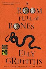 A Room Full of Bones (Ruth Galloway)