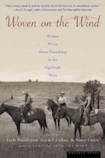 Woven on the Wind af Gaydell Collier, Nancy Curtis, Linda M. Hasselstrom