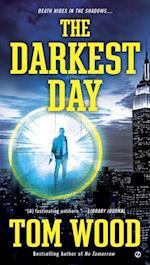 Darkest Day af Tom Wood