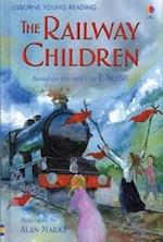 The Railway Children (Young Reading Series, 2)