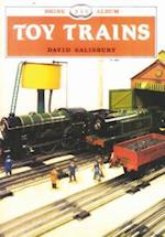Toy Trains (Shire Library, nr. 255)