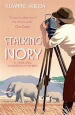 Stalking Ivory (Jade Del Cameron Series, nr. 2)