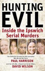 Hunting Evil af David Wilson, Paul Harrison
