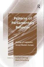 Patterns of Parliamentary Behavior af Herbert Doring