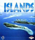 Islands (First Step Nonfiction Landforms, nr. 2)