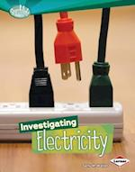 Investigating Electricity (Searchlight Books: How Does Energy Work?)