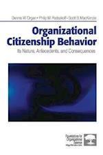 Organizational Citizenship Behavior af Scott Mackenzie, Philip Podsakoff, Dennis W Organ