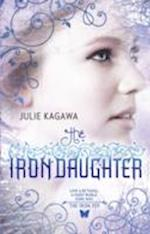 The Iron Daughter (The Iron Fey, nr. 2)