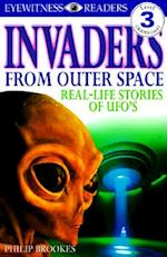 Invaders from Outer Space (DK Readers. Level 3)