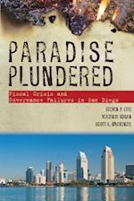 Paradise Plundered af Scott A. MacKenzie, Vladimir Kogan, Steven P. Erie