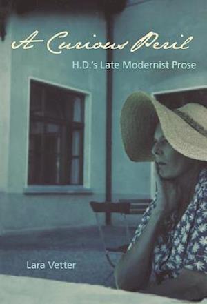 Bog, hardback A Curious Peril af Lara Vetter