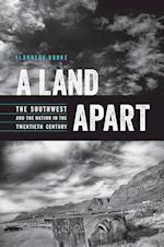 A Land Apart af Flannery Burke