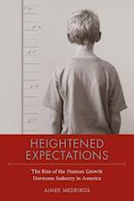 Heightened Expectations af Aimee Medeiros